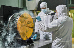 Engineers_Clean_JWST_Secondary_Reflector_with_Carbon_Dioxide_Snow.jpg
